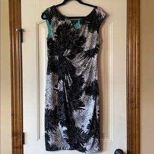 New Connected sheath floral cap work dress